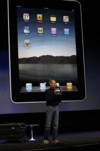 Steve Presentats the iPad